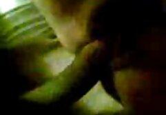 أمي جبهة تحرير مورو الإسلامية في الملابس الداخلية البيضاء والحمالات يهيمن الجنس في مقاطع سكس اجنبي نار سن المراهقة المتلصص